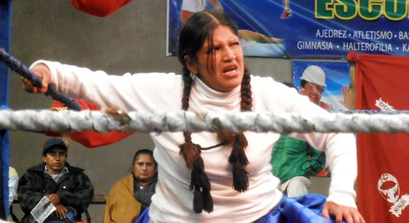 2013.01.21_combats-cholitas